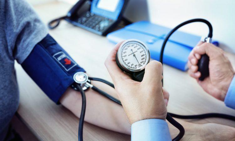 Bluthochdruck: Keine pauschalen Blutdruck-Empfehlungen im..